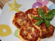 Vorspeise: Mini - Blätterteig - Pizzen - Rezept
