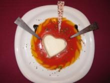 Zimt-Panna-Cotta auf Früchtespiegel - Rezept
