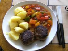 HAUPTGERICHT - Hackklöpschen mit Ratatouille und Kartoffeln - Rezept