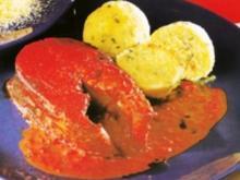 Karpfen Kotelett mit Rotwein-Paprikasauce dazu Polenta-Nockerl - Rezept