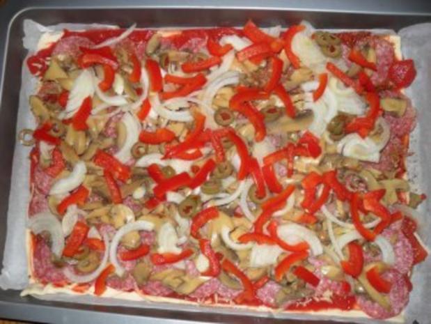 Pizza Salami - Rezept - Bild Nr. 3