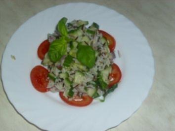 Basilikum-Tomaten-Salat - Rezept