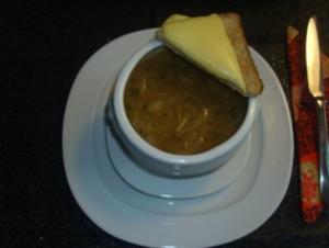 Suppen: Zwiebelsuppe - Rezept