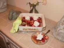 Pie- Ohne Kruste  Custard Pie und ueberstreut mit Erdbeeren - Rezept