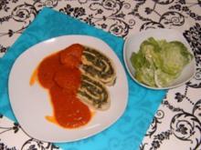 Gefüllte Pastarolle mit Tomatensauce - Rezept