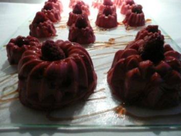 Dessert:Himbeer-Pannacotta mit Balsamico-Sirup - Rezept