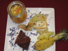 Lavendeleis mit exotischem Früchtekompott - Rezept
