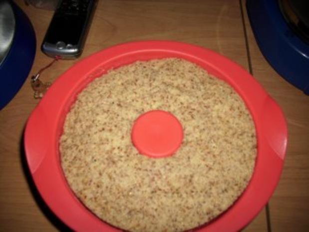 Nußkuchen aus der Mikrowelle - Rezept - Bild Nr. 3