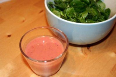 Feldsalat mit Johannisbeer-Vinaigrette - Rezept