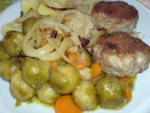 Senf-Frikadellen auf Gemüse - Rezept