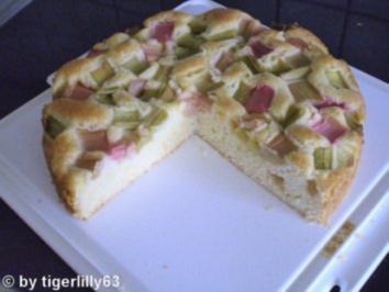 Rhabarber-Eierlikör-Kuchen - Rezept