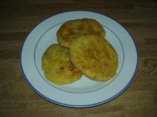 Panierte Kartoffel-Wurst-Laibchen - Rezept