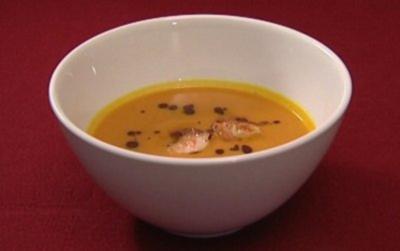 Rezept: Asiatische Kürbissuppe mit steirischem Kernöl (Jochen Schropp)