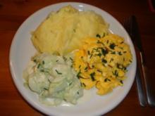 Kartoffelpü mit Rührei & Gurkensalat - Rezept