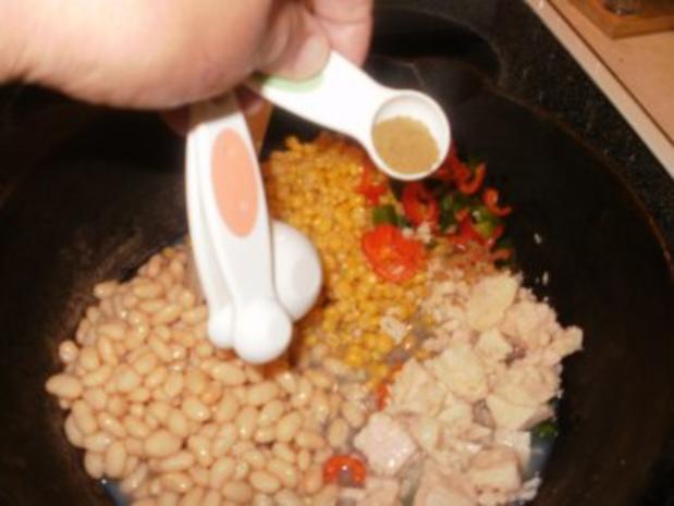 Huehnerfleisch -  Chili mit Maisbrot Knoedel - Sehr einfach und schnell - Rezept - Bild Nr. 3