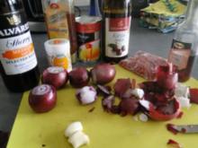 Asiatisches Zwiebel-Mango-Chutney ummantelt von                                  (Bilder) - Rezept