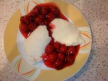 Grießnocken mit Kirschen - Rezept