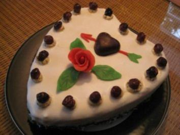 Valentinstorte mit Mon Cheri - Rezept