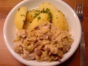 Wirsing mit Hähnchen und Salzkartoffeln - Rezept
