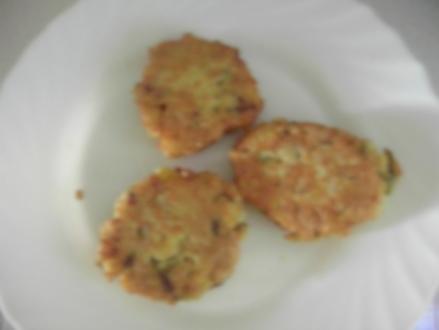Kartoffel-Haferflocken-Bratling mit Frühlingszwiebeln - Rezept