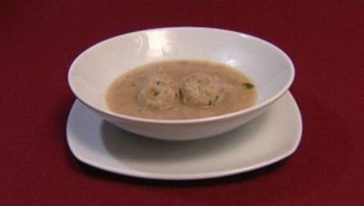 Leichte Grünkernsuppe mit Markklößchen (Horst Janson) - Rezept