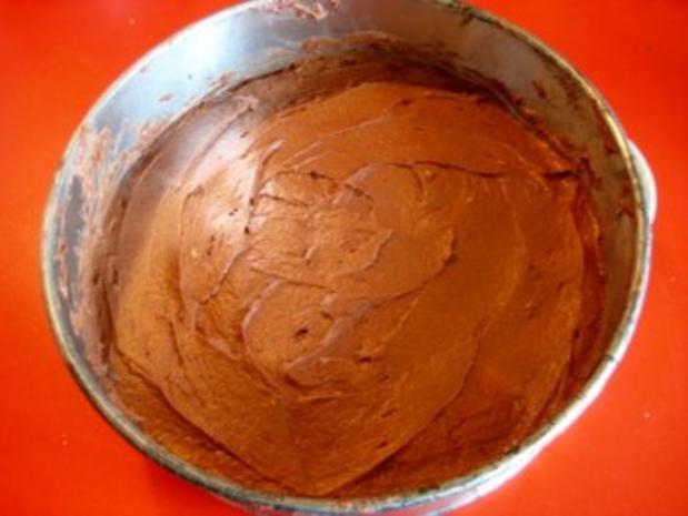 gefüllter Schokoladenkuchen für 20er Springform - Rezept - Bild Nr. 4