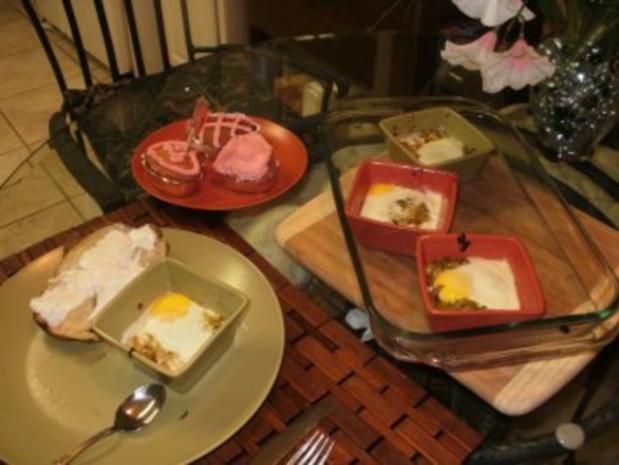 Eier- gebackene Eier mit creme Lauch - Schnell und einfach- vorspeise oder kleines Essen - Rezept - Bild Nr. 2