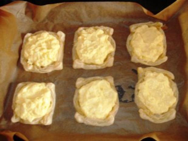 Paradiescreme mit Apfelstückchen auf Blätterteig - Rezept - Bild Nr. 7