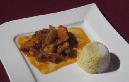 Süß-scharfes Calderetas mit Reis - Rezept