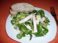 Vogerlsalat mit Apfel und Putenbrust - Rezept