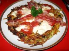 Rösti mit Schmelzkäse, Frühstückspeck u. Tomaten - Rezept