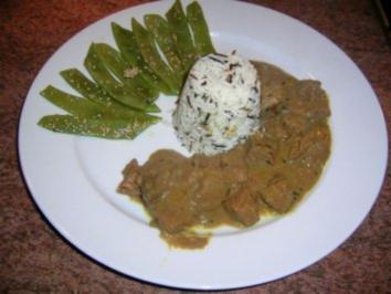 Indonesischer Schmortopf an Wildreis mit in Sesam geschwenkten großen langen Bohnen (Hauptgang zum G.... Menü - Rezept