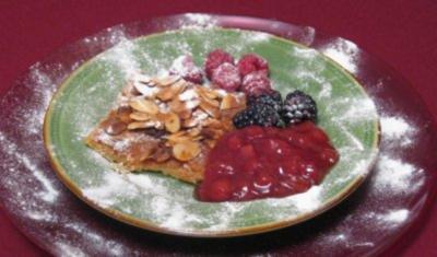 Butterkuchen mit Ensemble von Früchten der Saison - L´italiana in Algeri - Rezept
