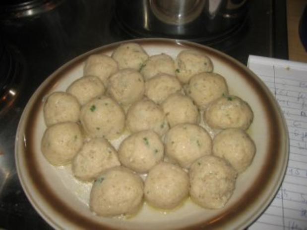 Suppe: Lisa's Markklößchen Suppe - Rezept - Bild Nr. 11