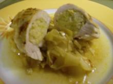 Hühnerbrust mit Apfel-Lauch-Füllung auf Chicoree-Curry-Gemüse in Pergament - Rezept