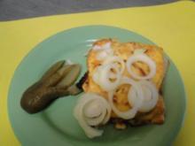 Tomaten-Apfelbrot mit Käse überbacken                       (Foto) - Rezept