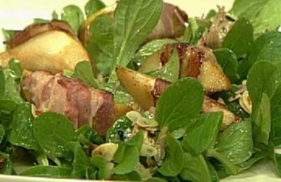 Feldsalat mit Speck, Birnen und scharfer Vinaigrette - Rezept