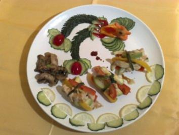 Gedämpftes Hühnchen im Gemüsemantel - Rezept