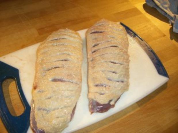 Rosenkohlpüree mit gebratener Ente an Rotweinsößchen - Rezept - Bild Nr. 3