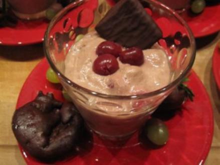 Schwarzwälder Joghurtmousse - ein Jahr Kochbar - Rezept