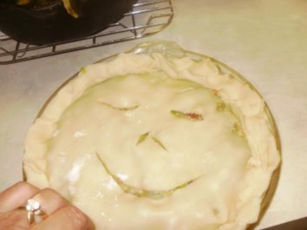 Pie- Lauch, Zwiebel und Karoffell Pie  gebacken in einer leckeren Kurste - Amerikanisch - Rezept - Bild Nr. 8