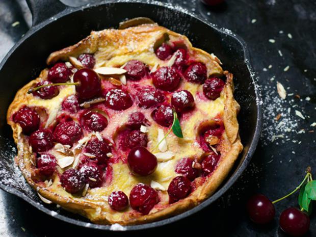 Pfannkuchen : Kirschpfannkuchen nach Oma´s Art mit Zucker und Zimt - Rezept - Bild Nr. 2