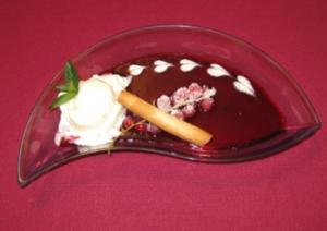 Joghurt-Granita mit schwarzen Johannisbeeren - Rezept