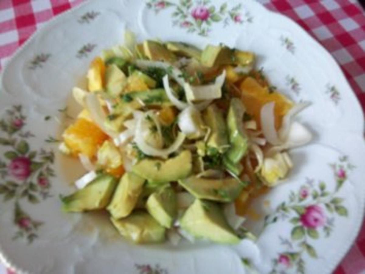 avocado orangen chicoree salat rezept. Black Bedroom Furniture Sets. Home Design Ideas