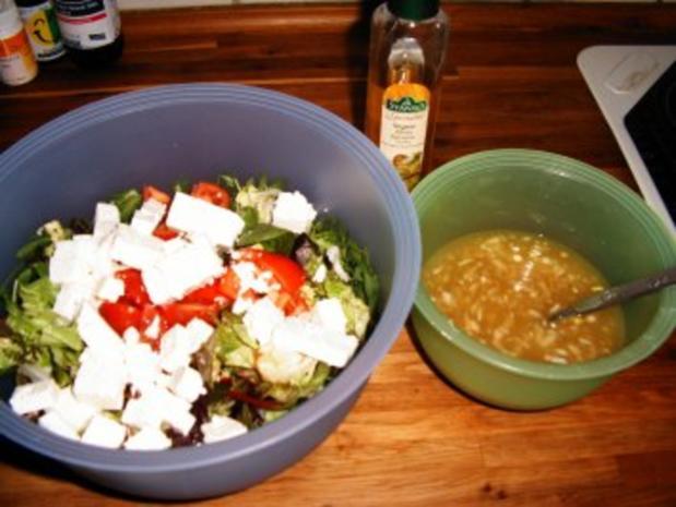 Großer Salatteller mit weißem Balsamico-Dressing - Rezept - Bild Nr. 2