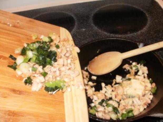 Pilze- Gefuellte Pilze mit Blau Kaese mit Pignoli -  Nur 50 Kal. Eine Mahlzeit oder fuer Snack - Rezept - Bild Nr. 3