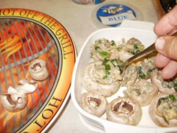 Pilze- Gefuellte Pilze mit Blau Kaese mit Pignoli -  Nur 50 Kal. Eine Mahlzeit oder fuer Snack - Rezept - Bild Nr. 5