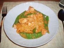 Bandnudeln mit Thai-Curry-Sauce - Rezept