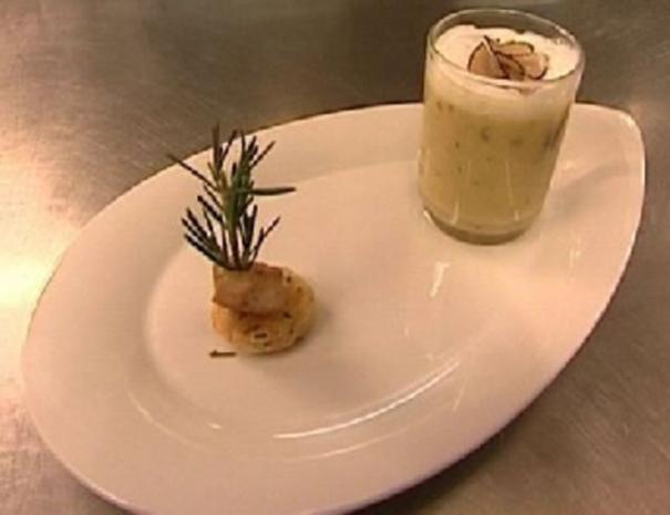 Kartoffel-Trüffel-Macchiato mit Rosmarincracker - Rezept