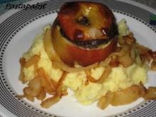Bratapfel gefüllt mit Rotwurst und getrüffeltem Kartoffelbrei - Rezept